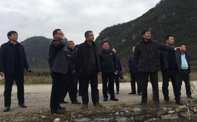 郑州路桥集团领导莅临贵州安顺黄桶至幺铺物流大道第